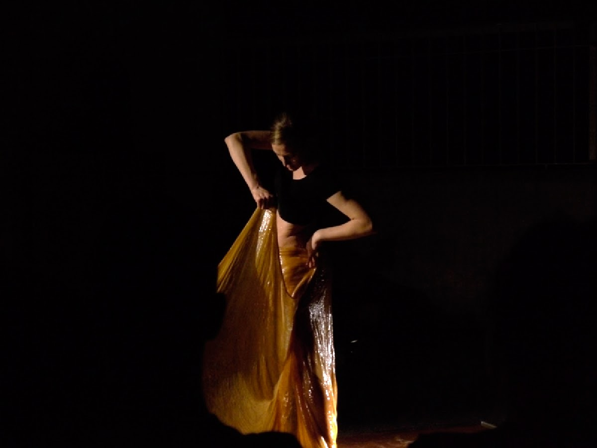 Lucia-Moure-vastra3