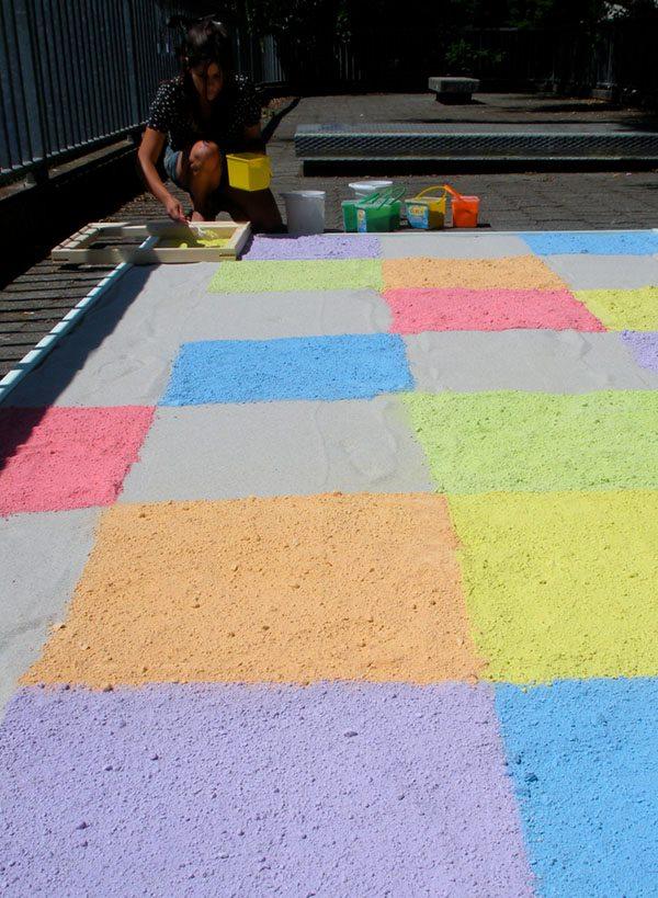 Lucia Moure Chalk floor 1